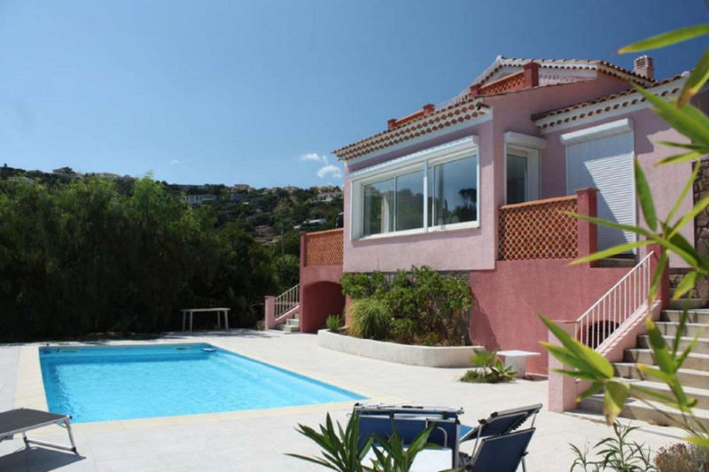 Photo Villa Saint-Aygulf Domaine,   to buy villa  5 bedroom   182 m²