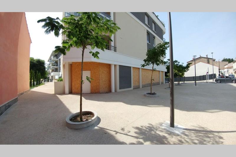 Local professionnel Peymeinade Centre-ville,  Professionnel local professionnel   90m²