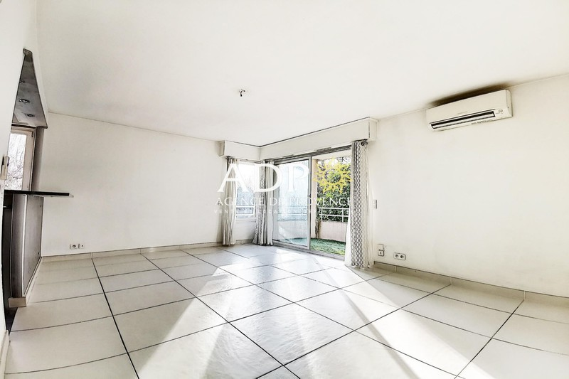 Photo Appartement Grasse Grasse sud,   achat appartement  2 pièces   50m²