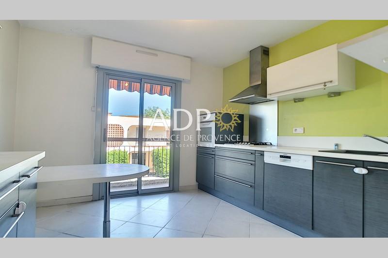 Photo Appartement Grasse Saint claude,   achat appartement  3 pièces   82m²