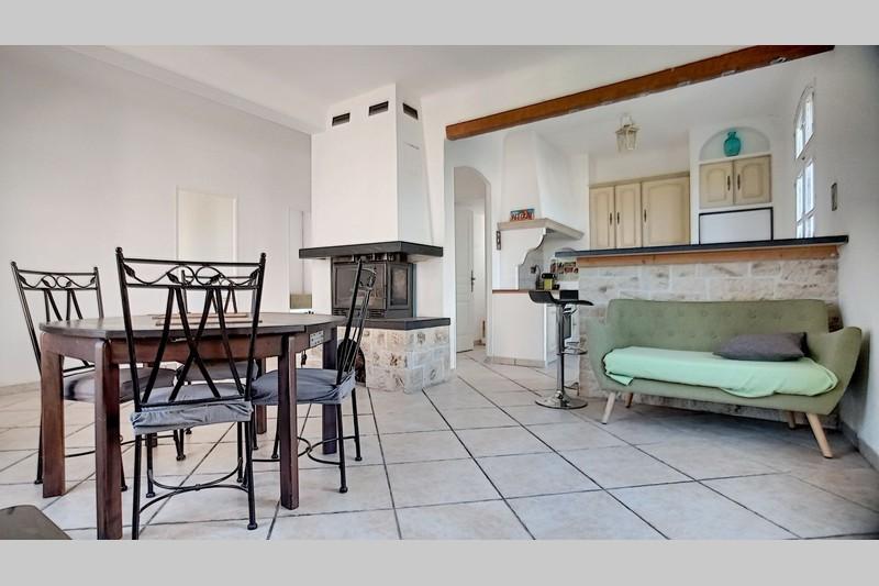 Photo Appartement Peymeinade Centre-ville,   achat appartement  3 pièces   60m²