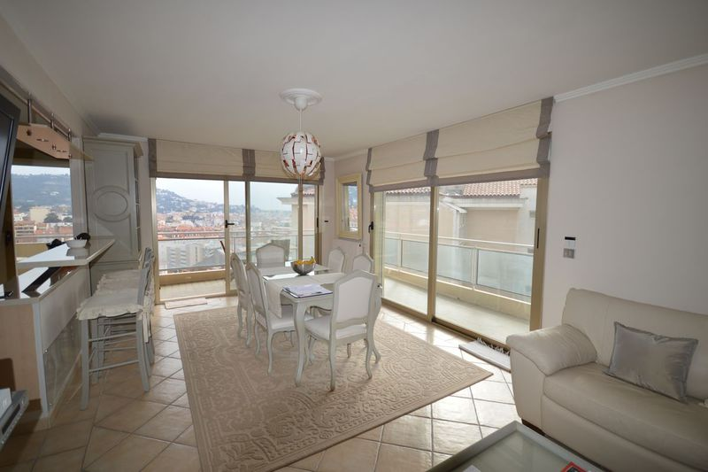 Apartment Cannes  Location saisonnière apartment  3 rooms   80 m²