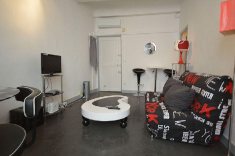Photo Appartement Cannes Forville,  Location saisonnière appartement  2 pièces   40m²