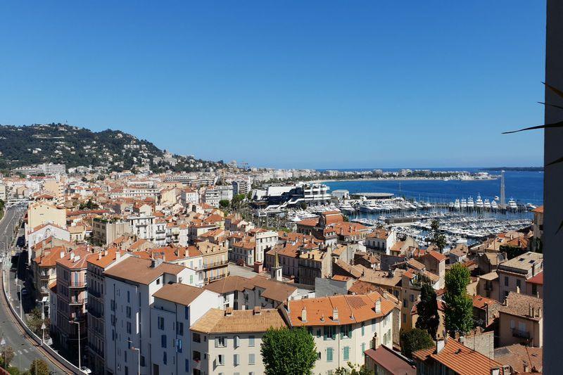 Appartement Cannes Suquet,  Location saisonnière appartement  2 pièces   70m²