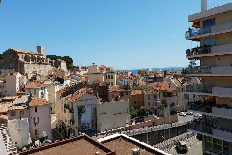 Apartment Cannes Suquet,  Location saisonnière apartment  1 room   25m²