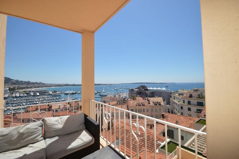 Appartement Cannes Suquet,  Location saisonnière appartement  3 pièces   65m²