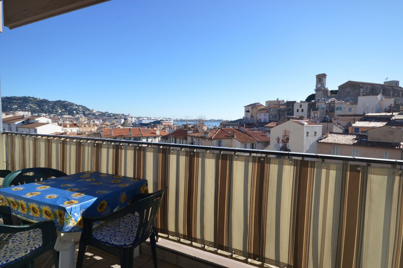 Appartement Cannes Suquet,  Location saisonnière appartement  1 pièce   20m²