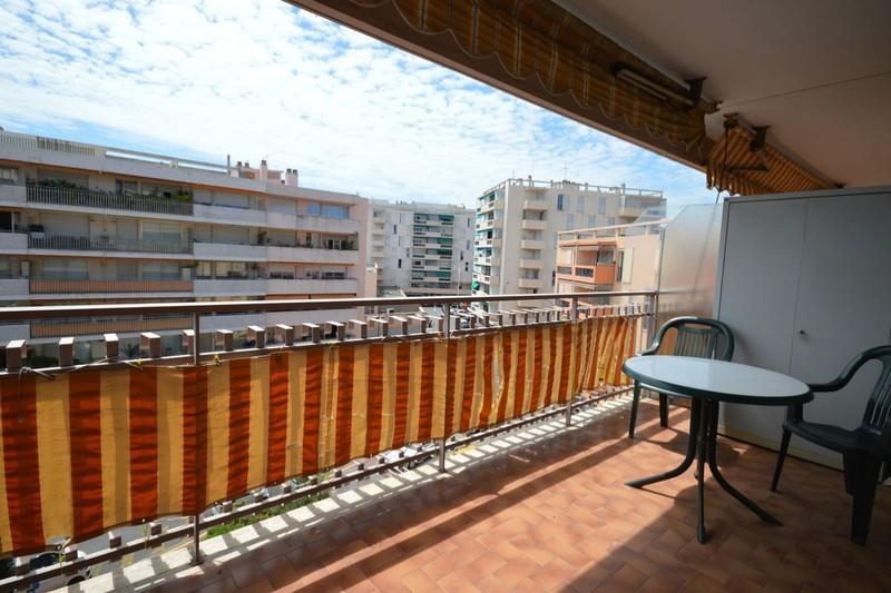Photo Appartement Cannes Suquet,  Location saisonnière appartement  1 pièce   32m²