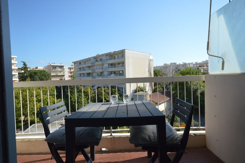 Apartment Cannes Maréchal juin - alexandre iii,  Location saisonnière apartment  1 room   21m²