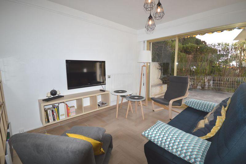 Apartment Cannes Plages du midi,  Vacation rental apartment  1 room   36m²