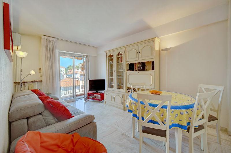 Appartement Cannes Forville,  Location saisonnière appartement  2 pièces   45m²