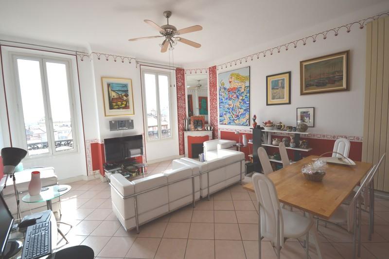 Apartment Cannes Forville,  Location saisonnière apartment  3 rooms   70m²