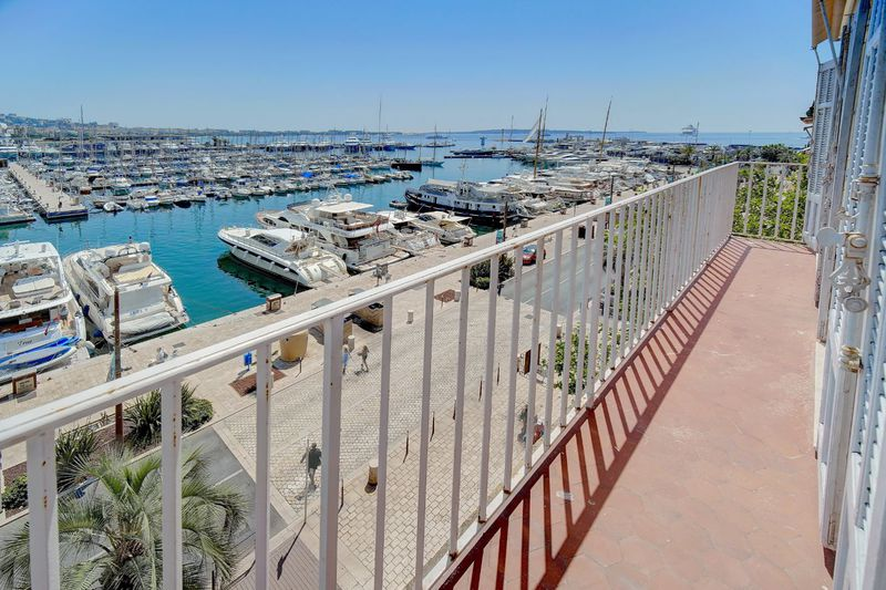 Apartment Cannes  Location saisonnière apartment  3 rooms   65m²