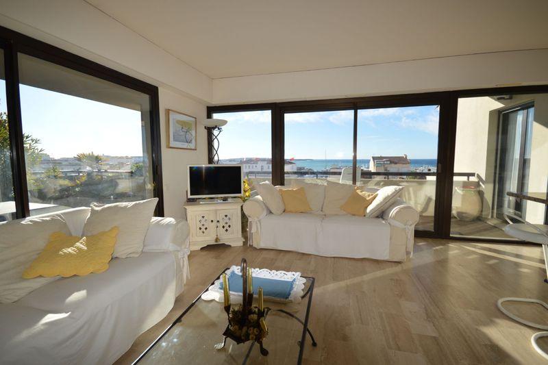 Appartement Cannes  Location saisonnière appartement  3 pièces   110m²