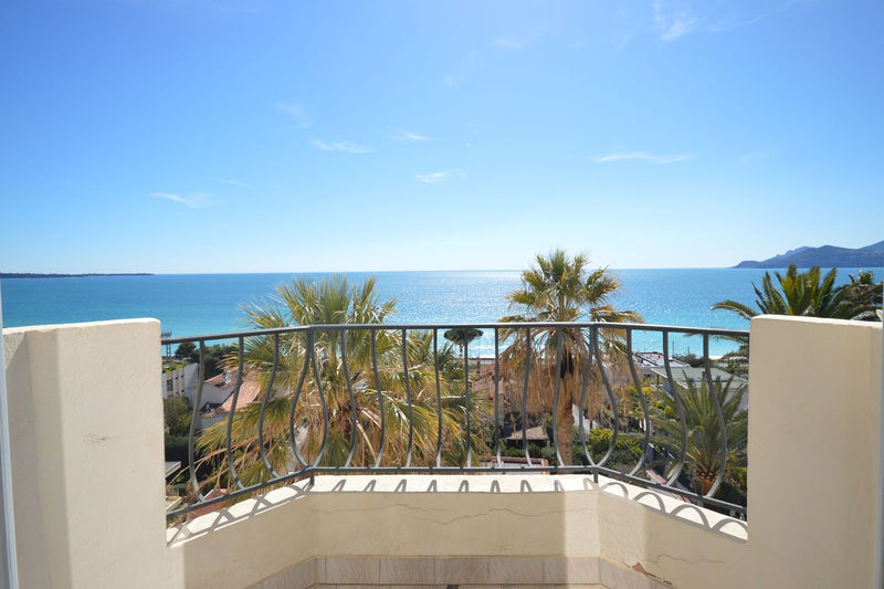 Photo Apartment Cannes Plages du midi,  Location saisonnière apartment  4 rooms   110 m²
