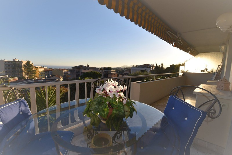 Apartment Le Cannet Le cannet,   to buy apartment  2 rooms   53 m²