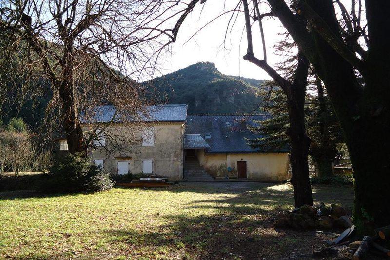 Photo Appartement Gorniès  Location saisonnière appartement  3 pièces   70m²