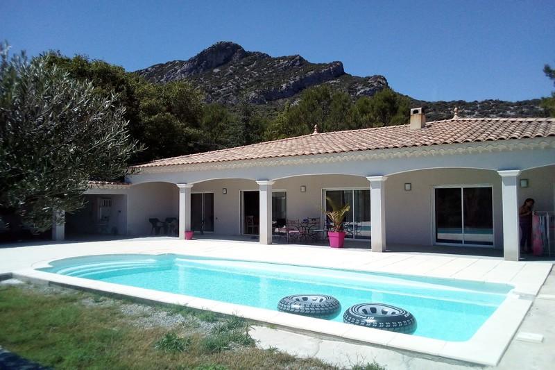 Photo Villa Saint-Hippolyte-du-Fort  Location saisonnière villa  3 chambres   105m²