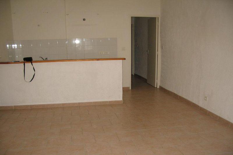 Photo Appartement Ganges Centre-ville,  Location appartement  3 pièces   50m²