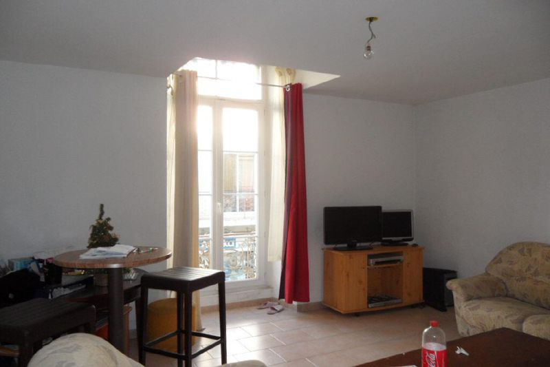 Photo Appartement Ganges Centre-ville,  Location appartement  2 pièces   50 m²