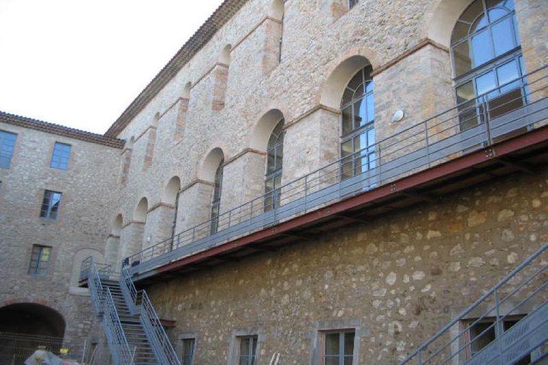 Photo Appartement Laroque  Location appartement  2 pièces   40m²