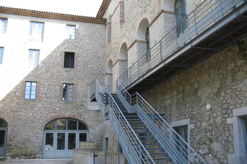 Photo Appartement Laroque  Location appartement  3 pièces   72m²