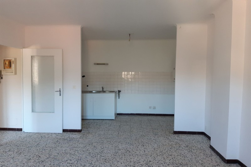 Photo Apartment Ganges  Rentals apartment  2 room   43 m²
