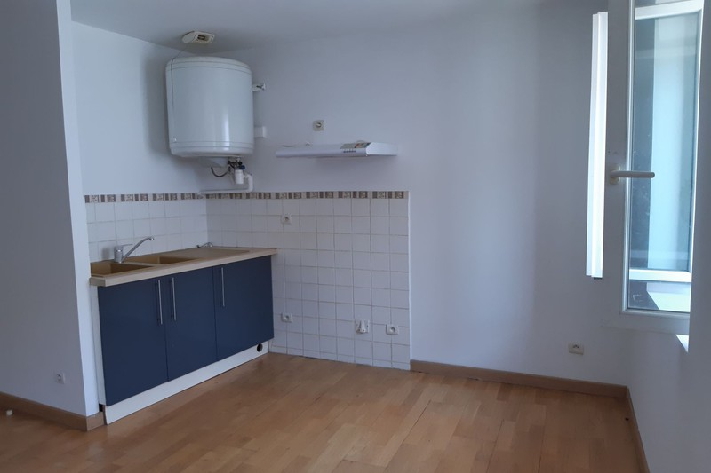 Photo Apartment Ganges  Rentals apartment  1 room   22 m²
