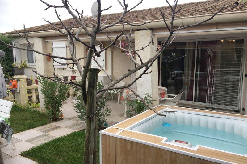 Photo Villa Moulès-et-Baucels   achat villa  3 chambres   82m²