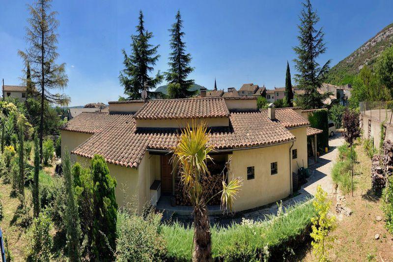 Photo Villa Saint-Hippolyte-du-Fort   achat villa  3 chambres   180m²