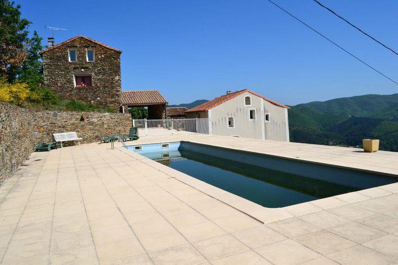 Photo Propriété Le Vigan   achat propriété  10 chambres   323m²