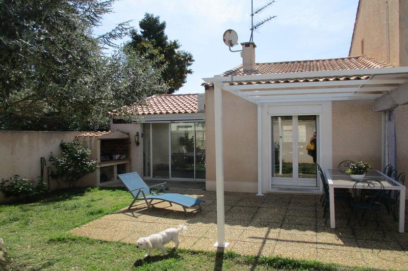 Photo Villa Teyran   achat villa  6 chambres   200m²