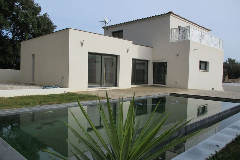 Photo Villa Saint-Jean-de-Cornies   achat villa  4 chambres   145 m²