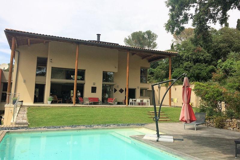 Photo Maison contemporaine Montferrier-sur-Lez   achat maison contemporaine  4 chambres   253m²