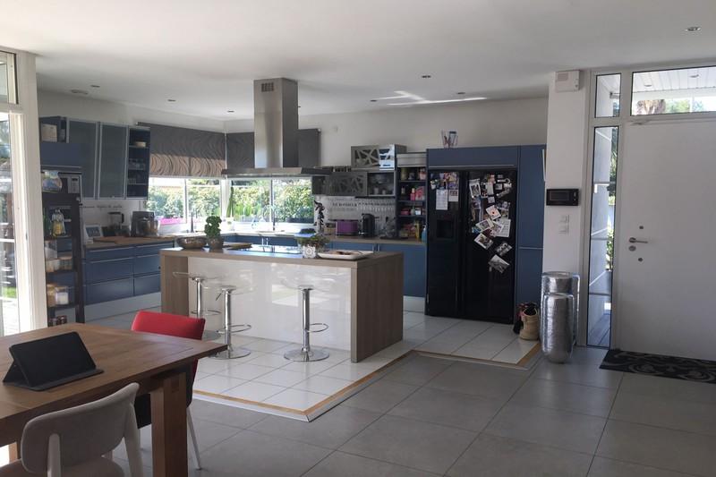 Photo n°10 - Vente maison contemporaine Castelnau-le-Lez 34170 - 1 045 000 €
