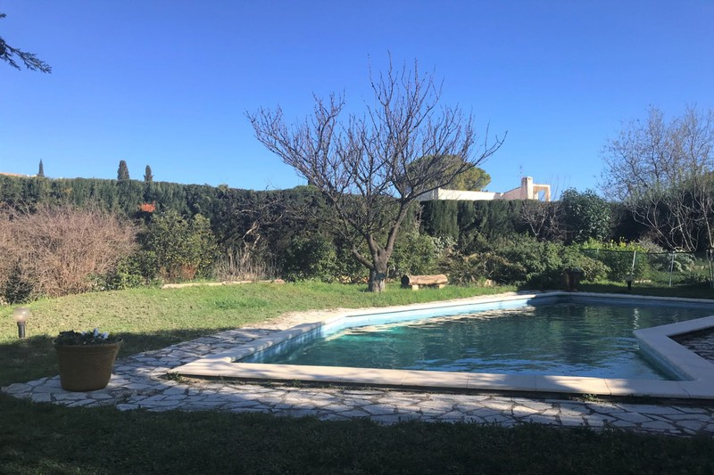 Photo Villa Teyran   achat villa  5 chambres   210m²