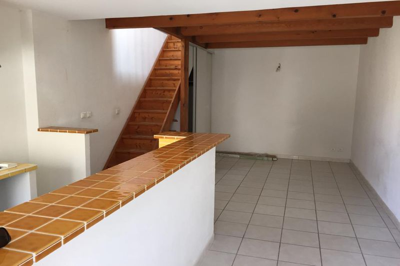 Photo Maison de village Clapiers Centre-ville,  Location maison de village  2 chambres   50m²