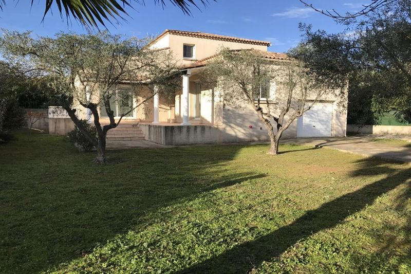 Photo Villa Castelnau-le-Lez Aube rouge,  Location villa  4 chambres   150m²