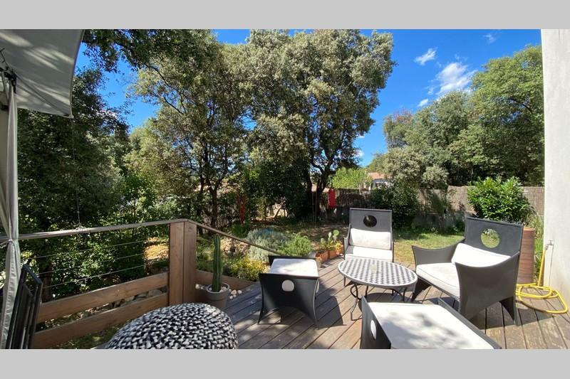 Photo Villa Saint-Mathieu-de-Tréviers Village,  Location villa  5 pièces   115m²