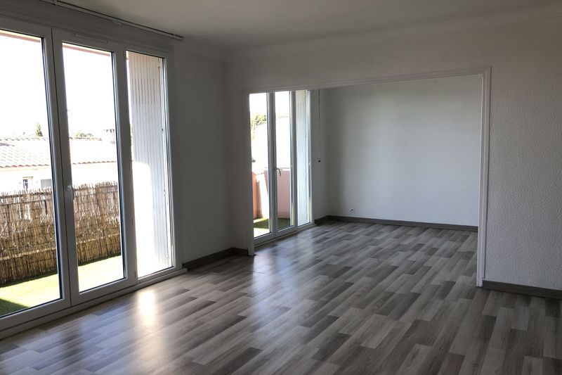 Photo Appartement Castelnau-le-Lez College,  Location appartement  3 pièces   74 m²