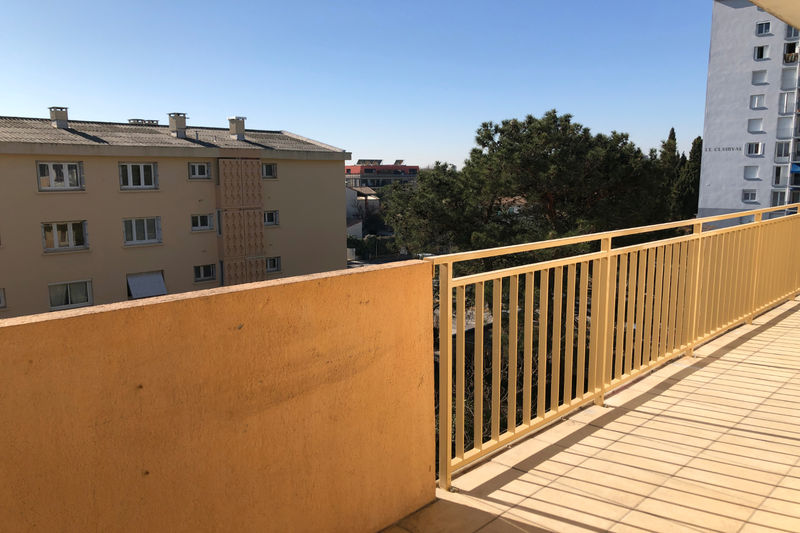 Photo Appartement Castelnau-le-Lez  Location appartement  4 pièces   80 m²
