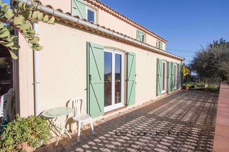 Photo Maison Cagnes-sur-Mer   achat maison  6 chambres   150m²