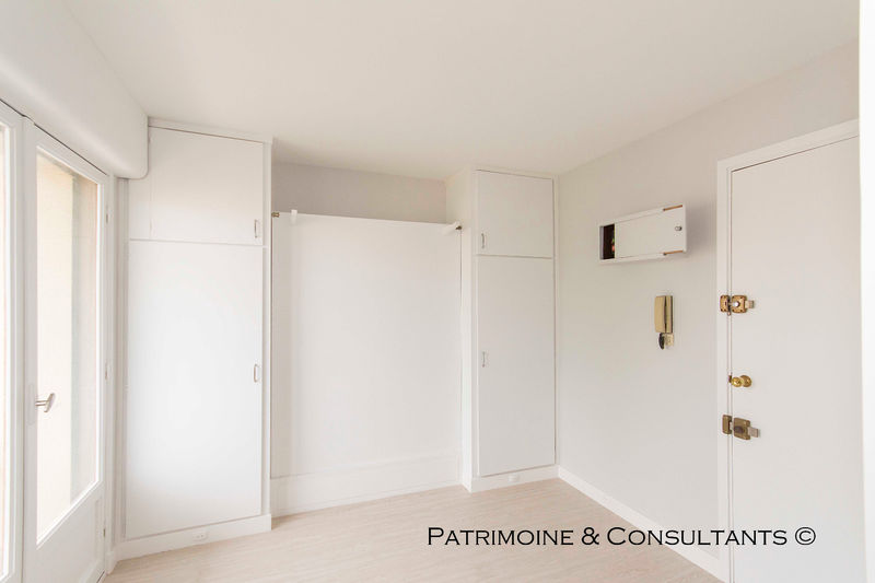 Apartment Fréjus   to buy apartment  1 room   12 m²