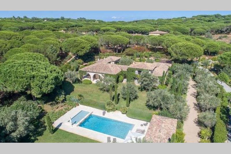Villa Saint-Tropez Proche centre ét plages!,  Location saisonnière villa  6 chambres   450m²