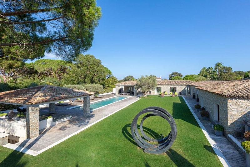 Villa Saint-Tropez Secteur salins,  Location saisonnière villa  8 chambres   550m²