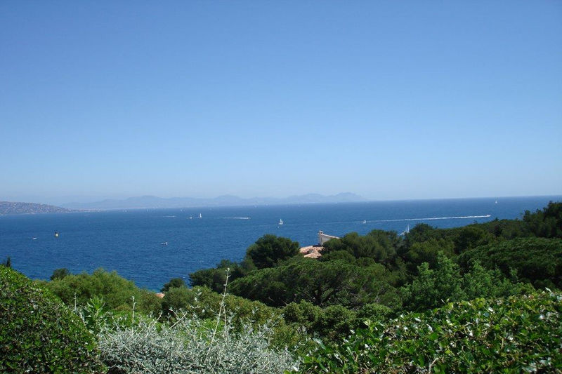 Photo Luxury property Saint-Tropez Front de mer,  Vacation rental luxury property  6 bedrooms