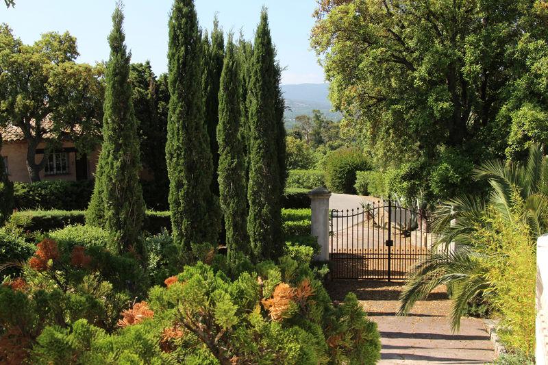 Villa Grimaud Proche plages,  Vakantieverhuur villa  3 slaapkamers   150m²