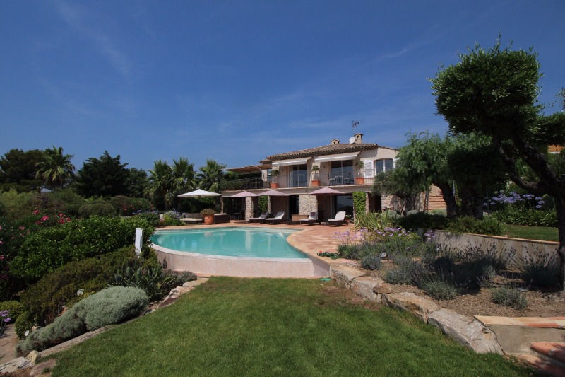 Photo House Grimaud Proche plages ét golf!,   to buy house  4 bedrooms   270 m²