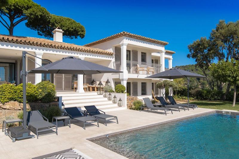 Photo Maison récente La Croix-Valmer Proche plages,   achat maison récente  4 chambres   200m²
