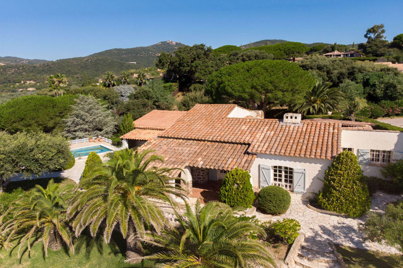 Photo Villa Grimaud Proche plages,   to buy villa  3 bedrooms   150 m²